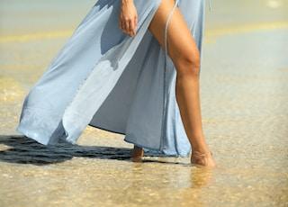 woman in seashore