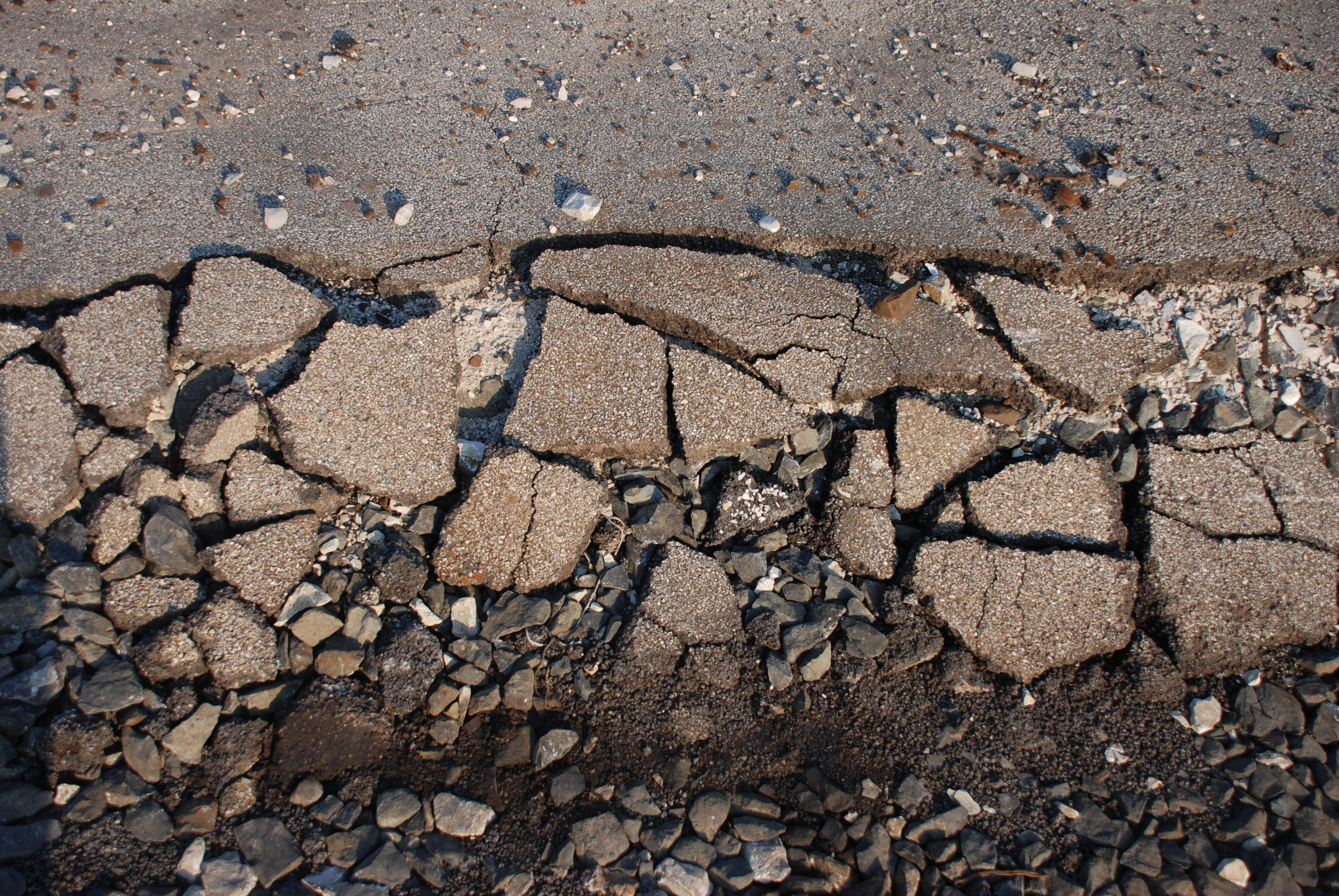 gray concrete pavement