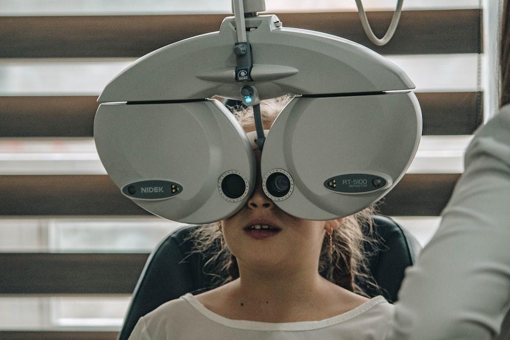 white eye testing machine