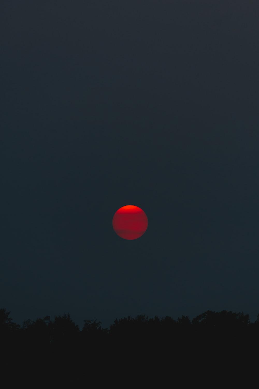 red moon at night