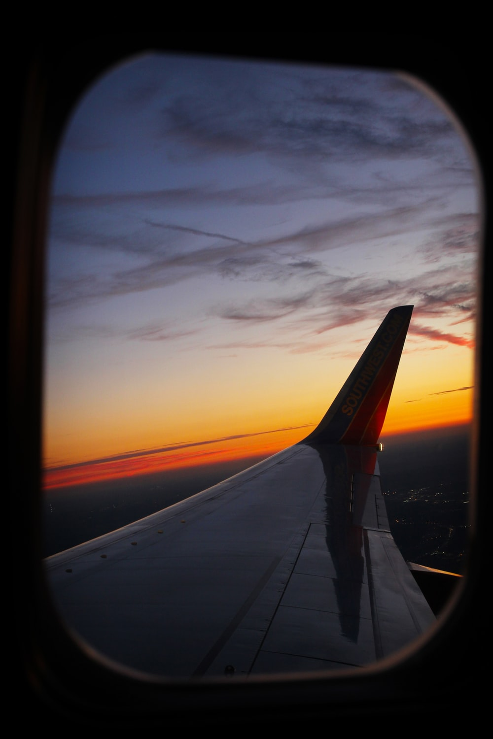 time lapse photography of airplane at horizon