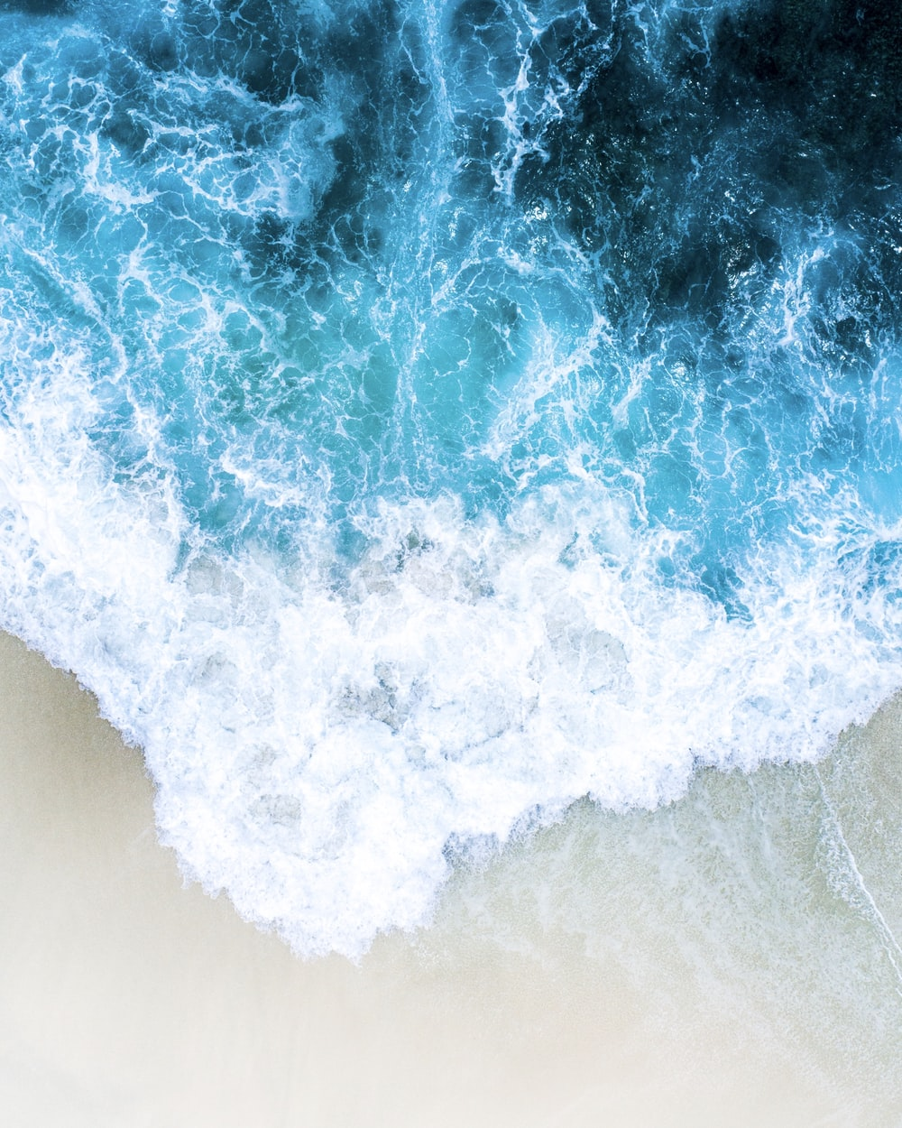 aerial photo of body of water wallpaper