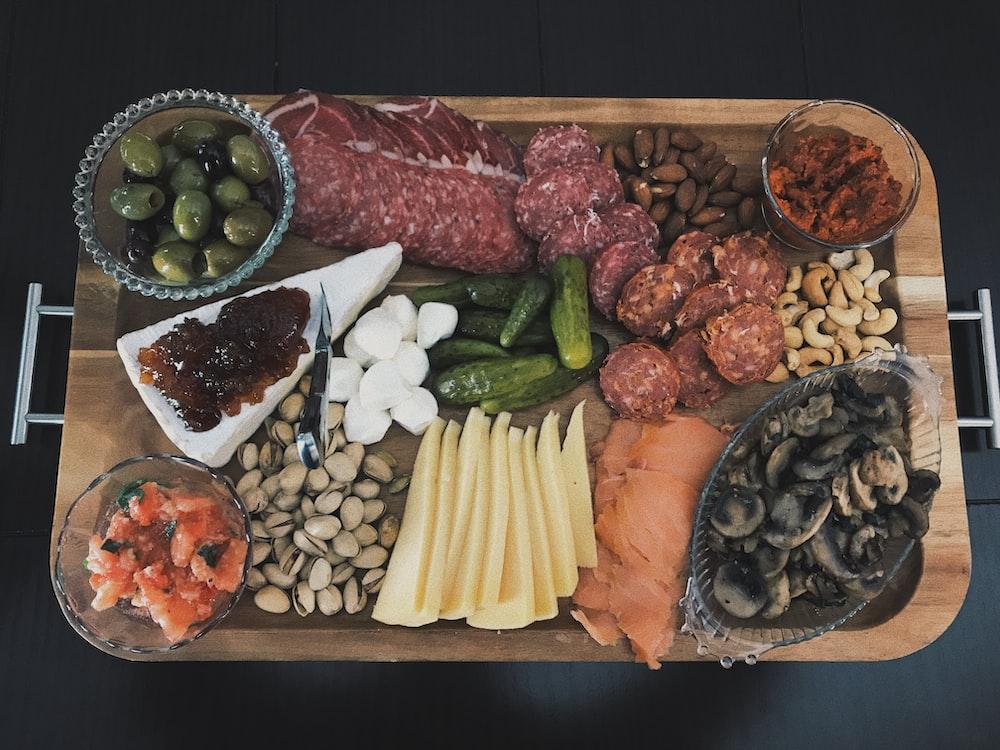 raw meats on tray