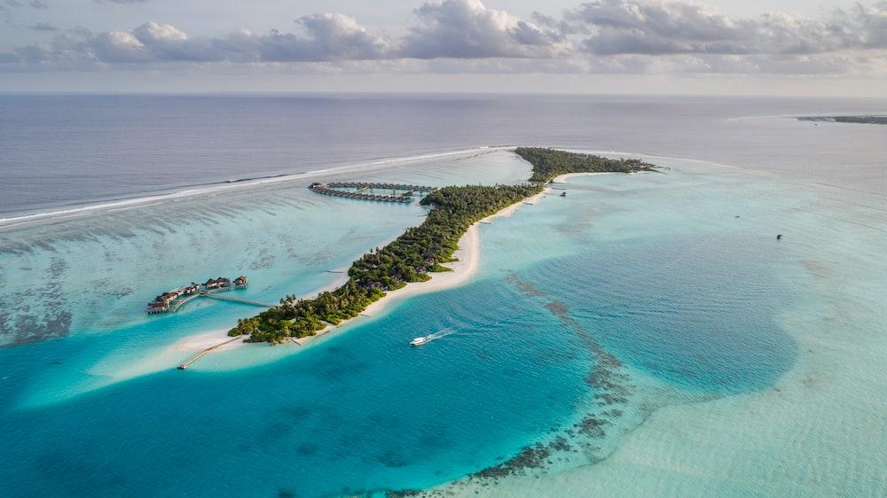 [Full HD] Ảnh nền biển cả siêu đẹp Photo-1540202404-fad3e2190841?ixlib=rb-1.2