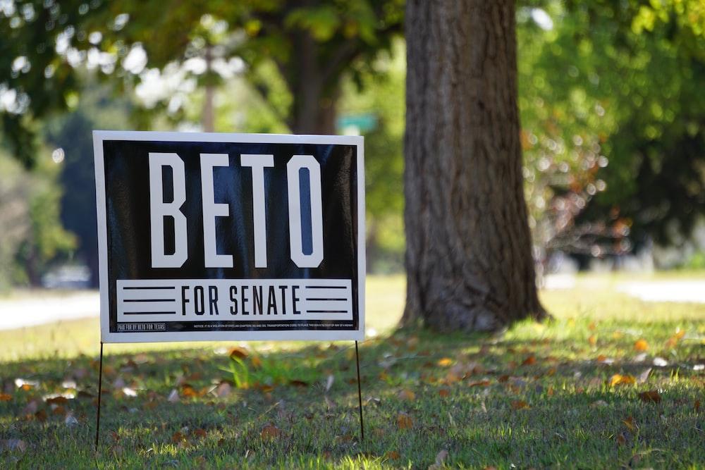 Beto for senate signage