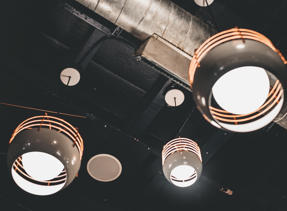 lighted white pendant lamps