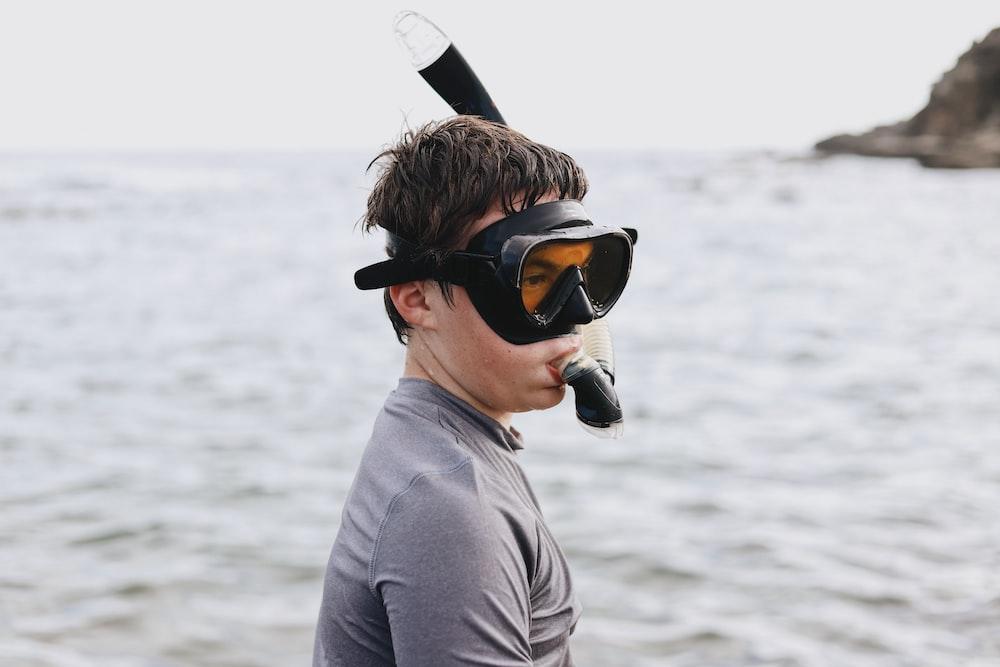 man using snorkel