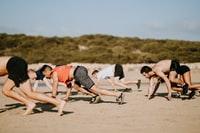 Team crossfit, bearcrawl, exercise, fitness