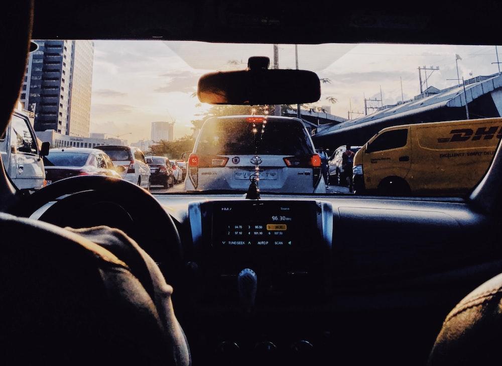 Curbing traffic