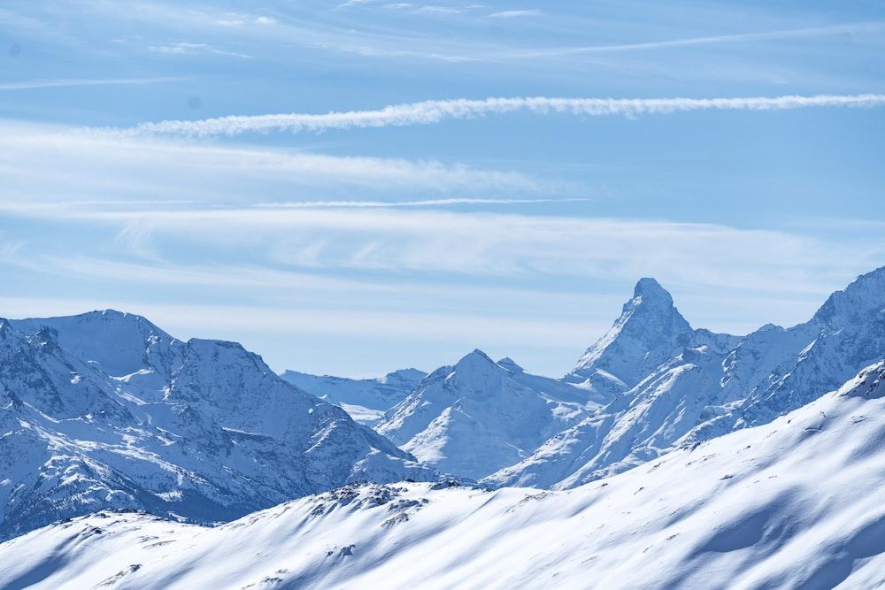 snow mountaints