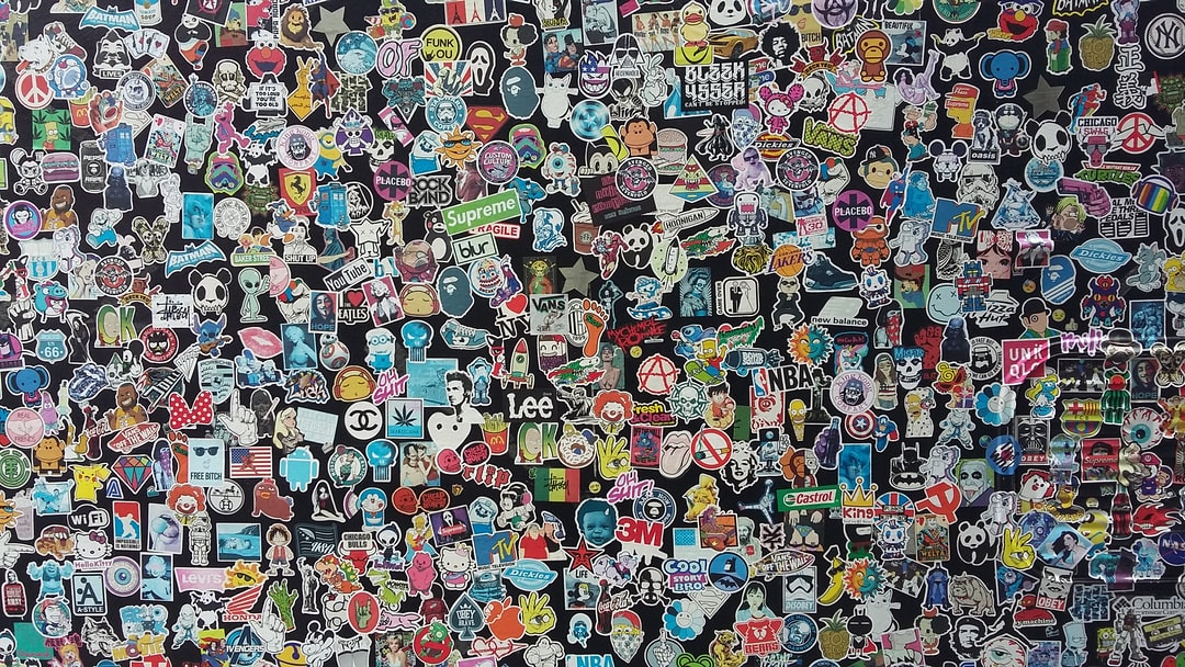 This is the side of a van, completely covered in stickers in saw in New Orleans I found it interesting and use it when I think about heterogeneity