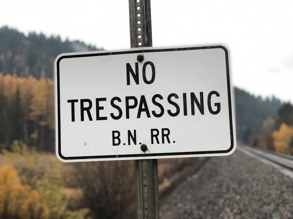no trespassing B.N RR. sign
