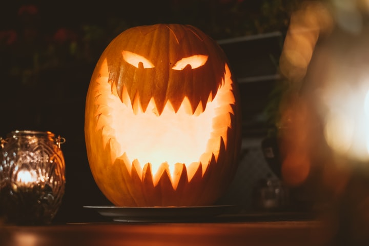 The Perfect Guide to Enjoying Halloween Day 2020 During a Pandemic