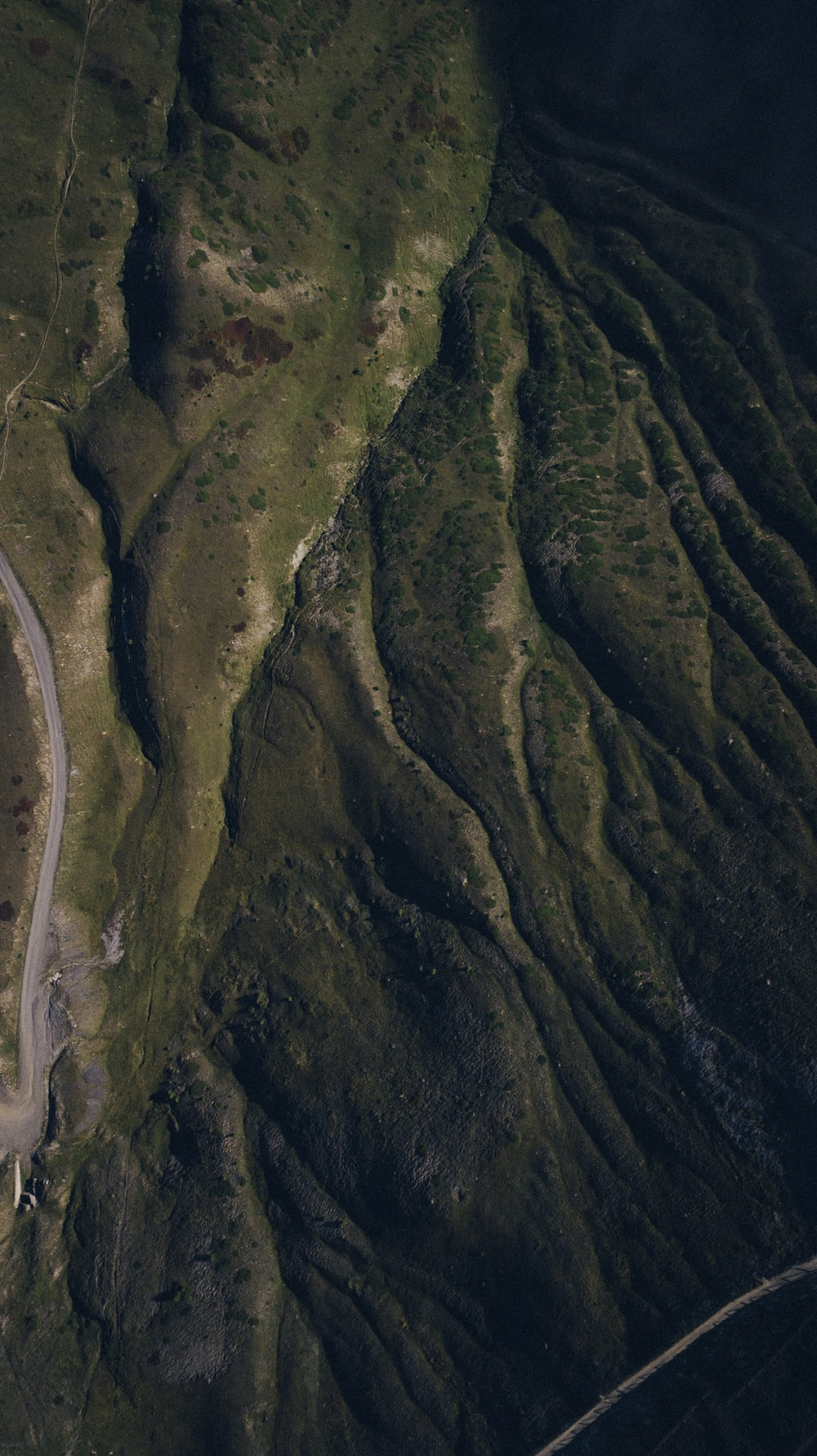 aerial photography of mountain during daytime