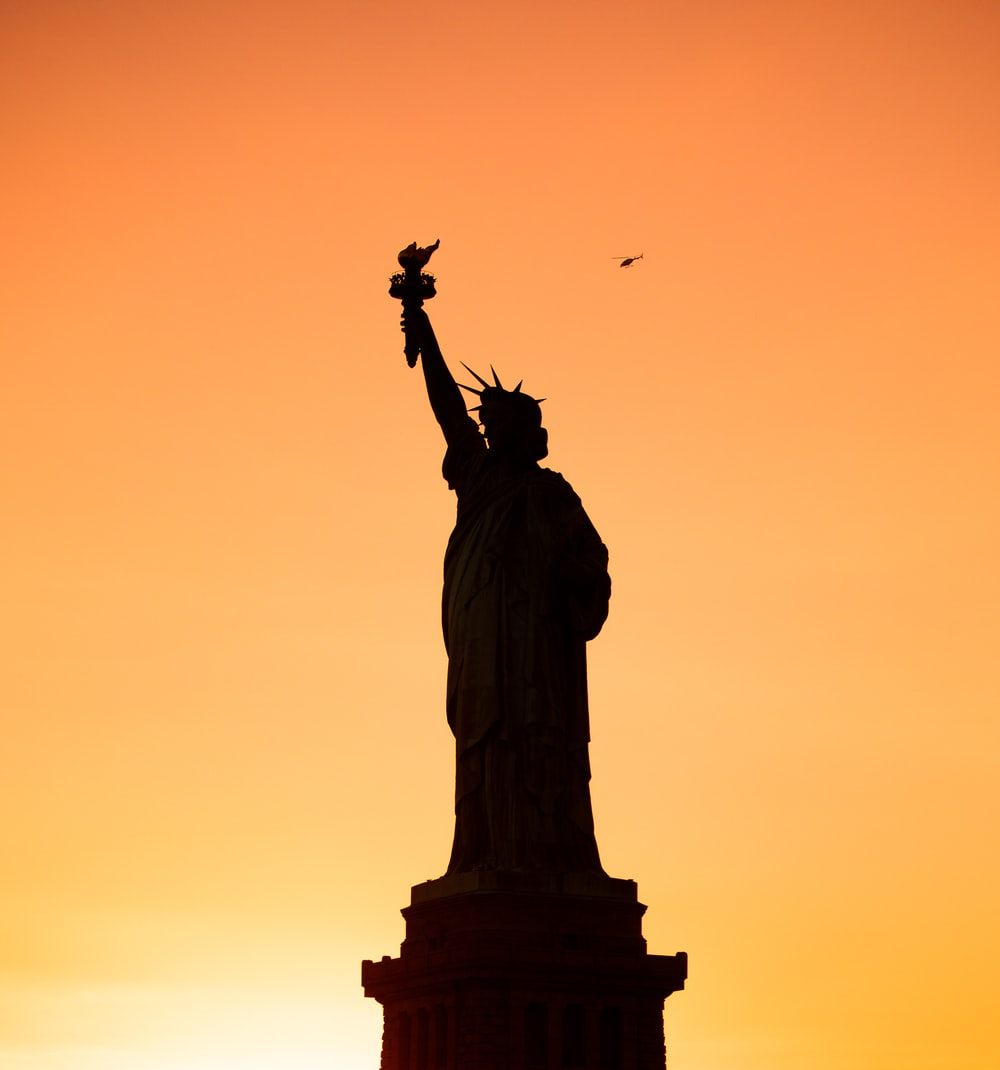 silhouette of statue of liberty