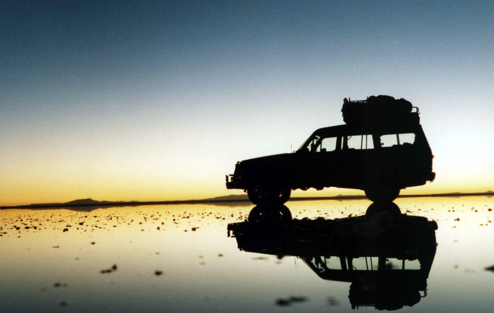 silhouette photography of SUV