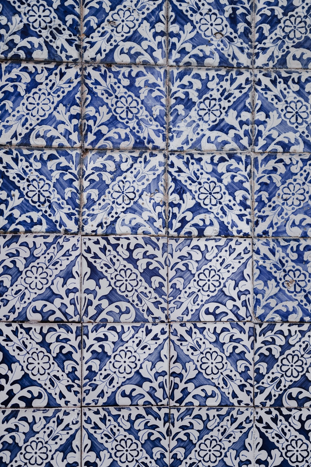 white and blue floral tiles