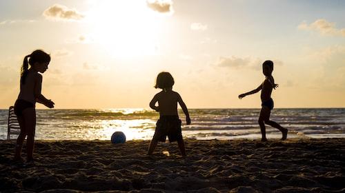 Children's Sun Safety 101 - The Summer Essentials