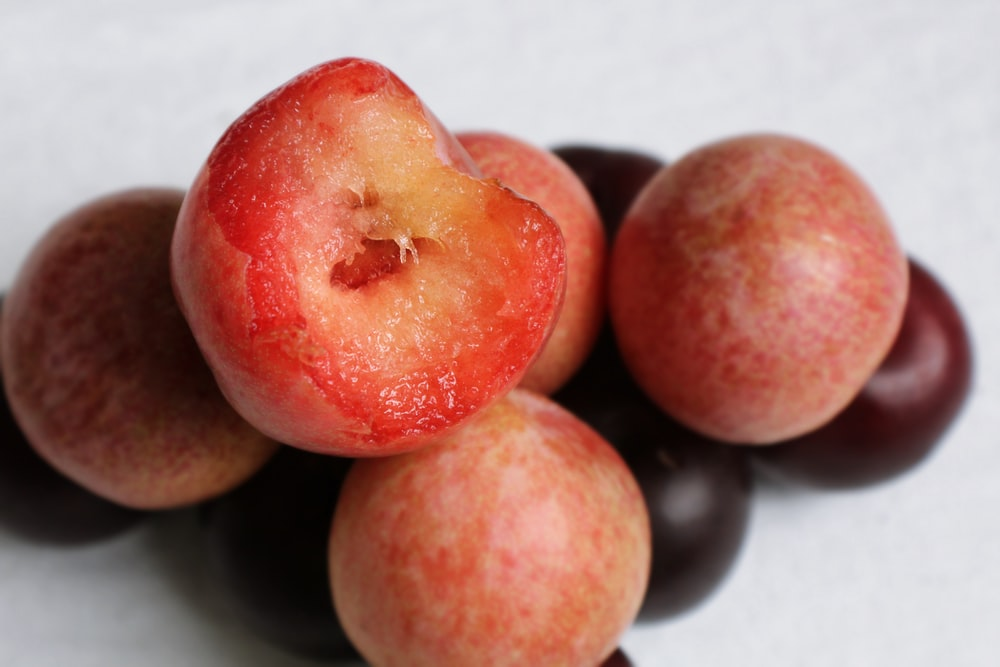 round red fruits