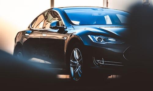 Tesla Model S 100D breaks battery life record