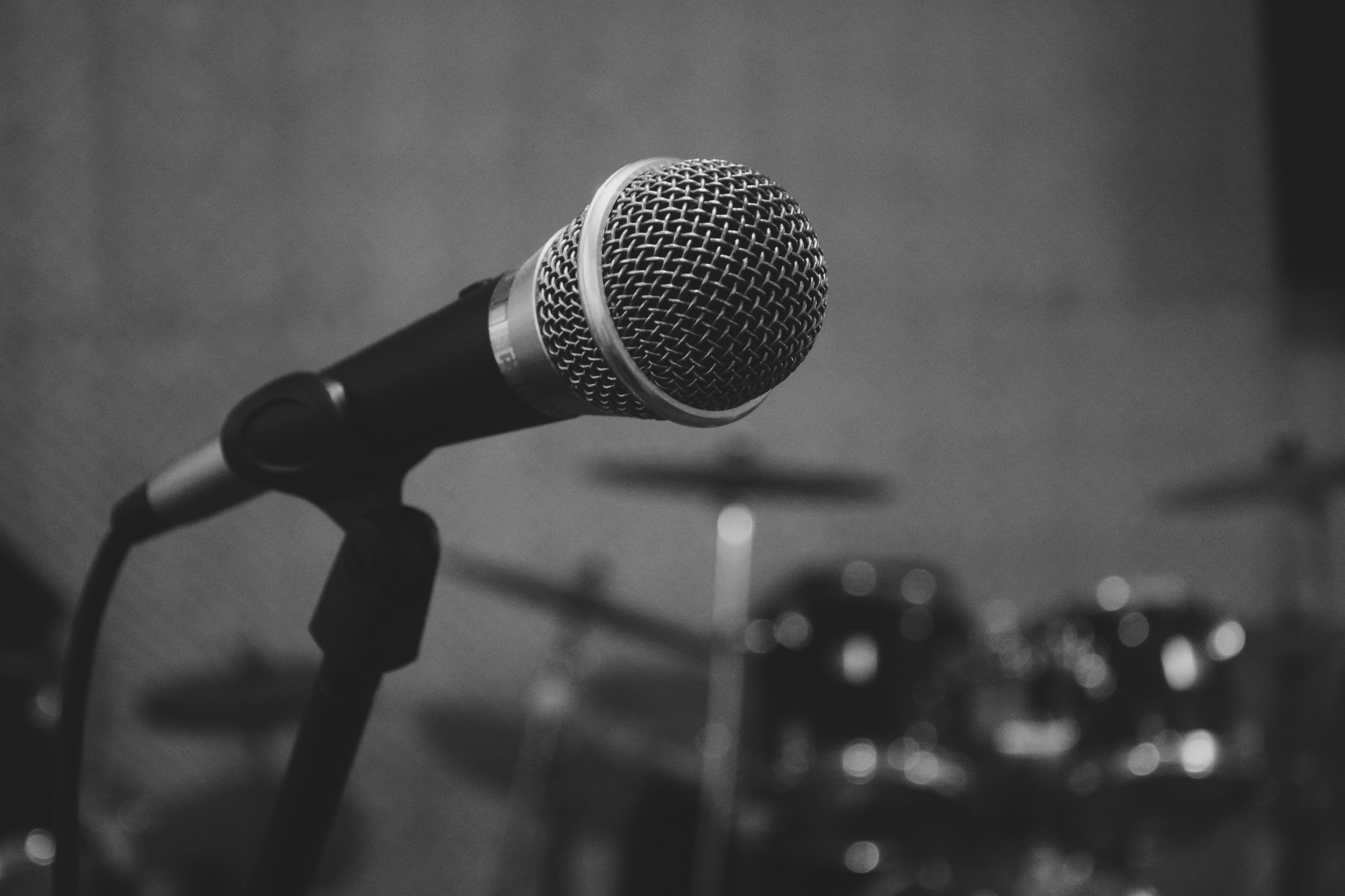 black and grey microphone on stand from Unsplash.com