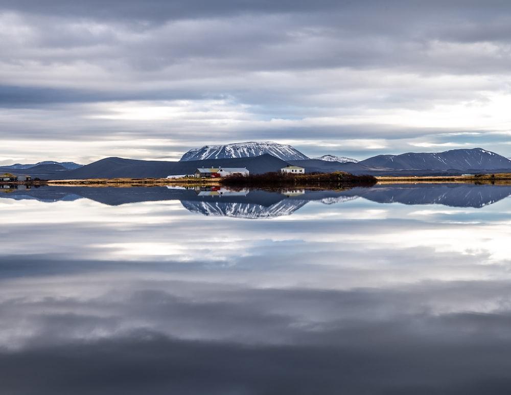 panoramic photo of mountain and lake