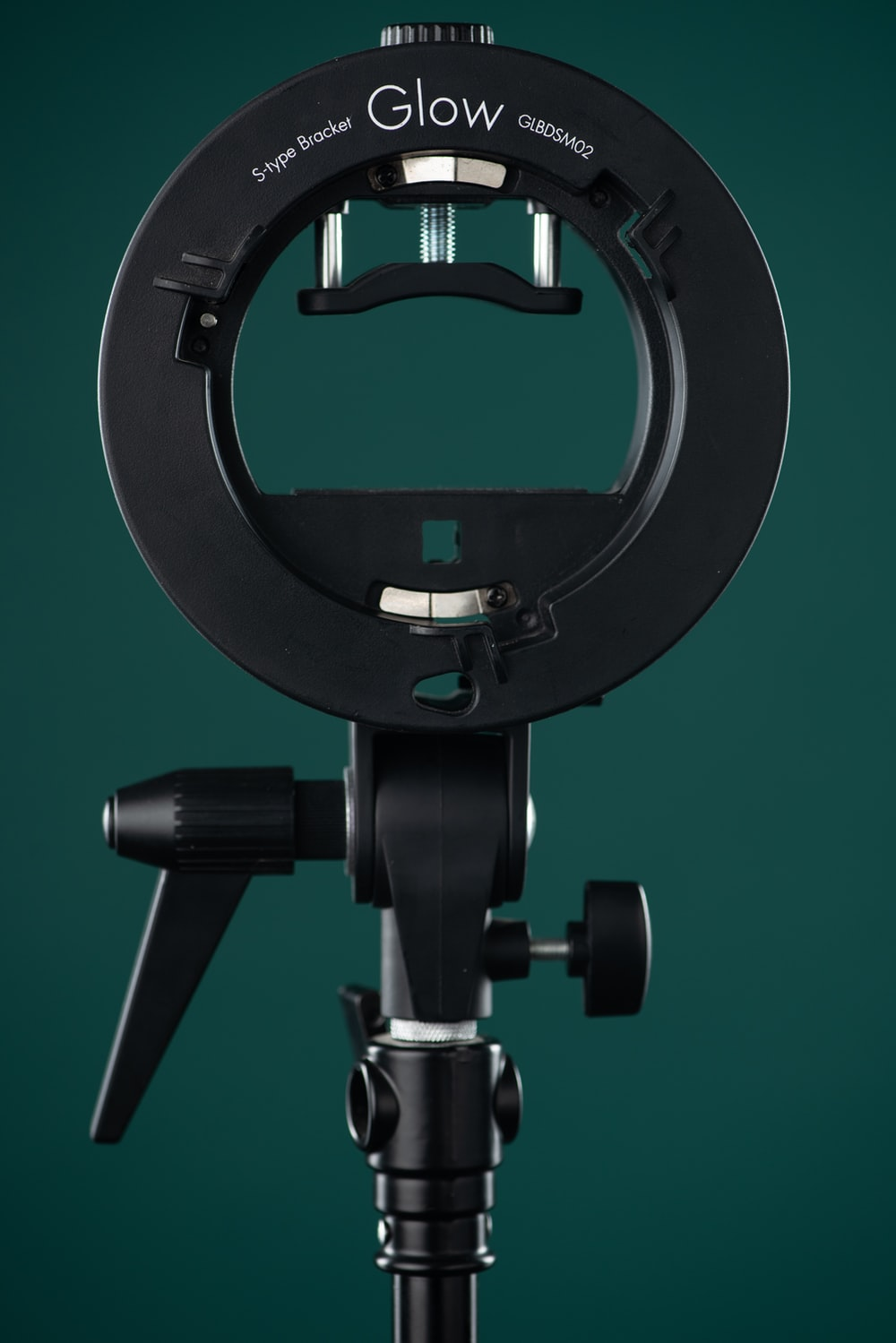black Glow tripod stand