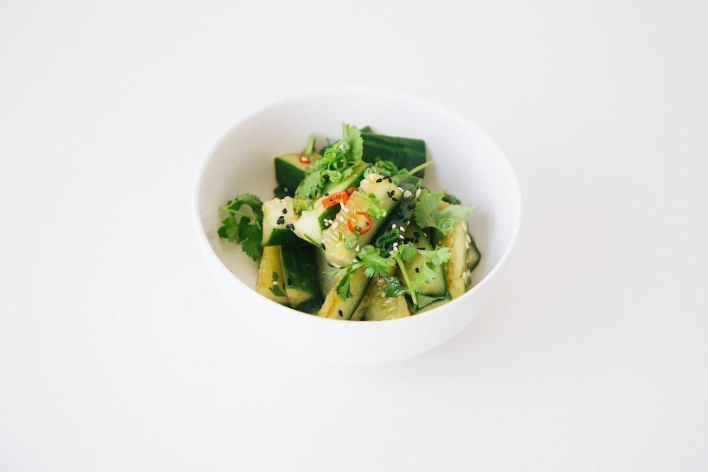 sliced vegetable salad in bowl