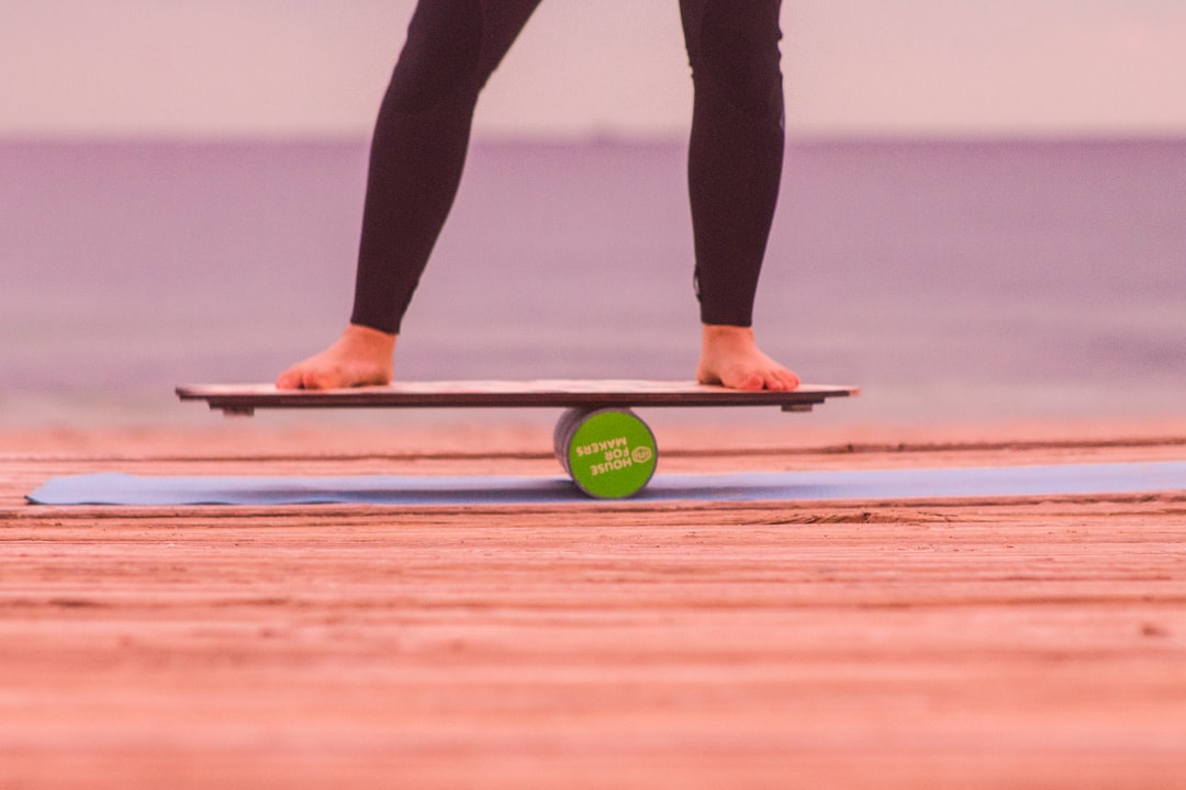 Using a balanceboard as training before surfing