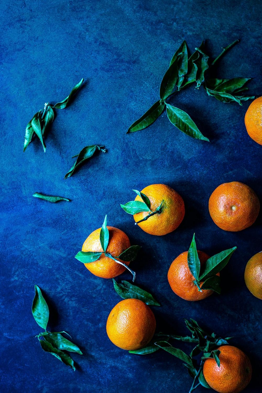 bunch of orange fruit