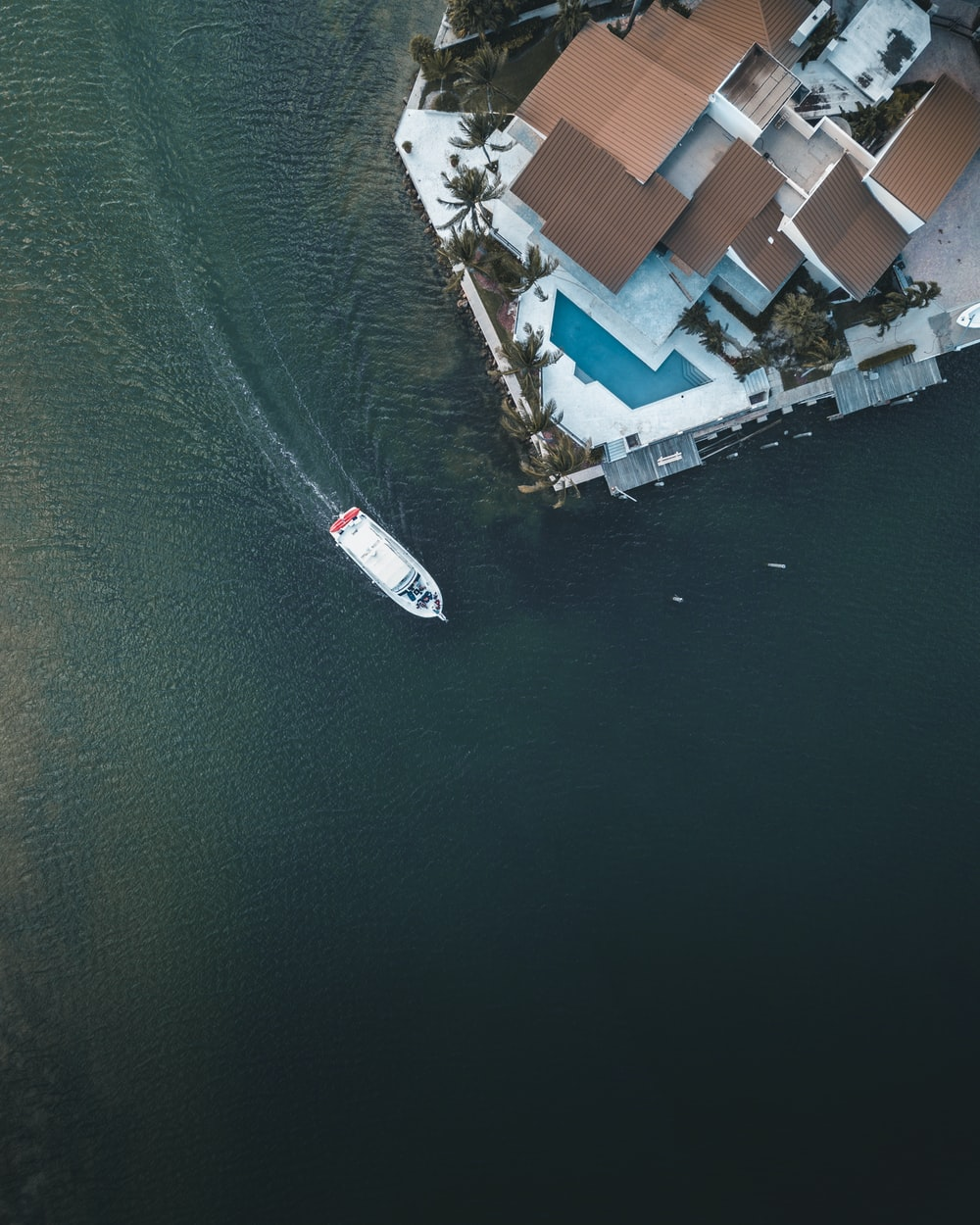 bird's eye view of boat on body of water