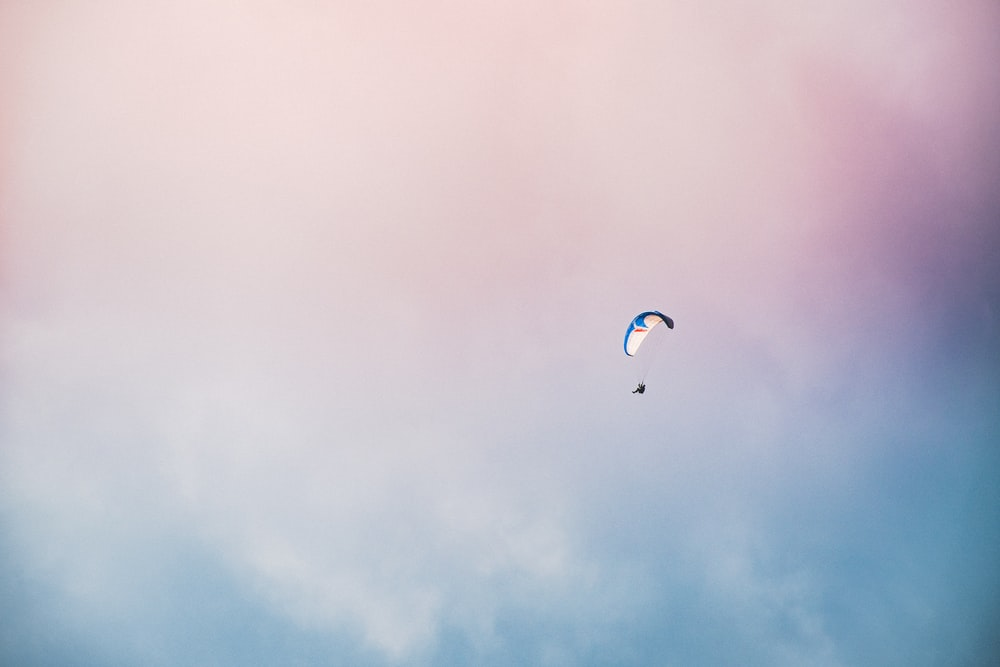 blue and white parachute