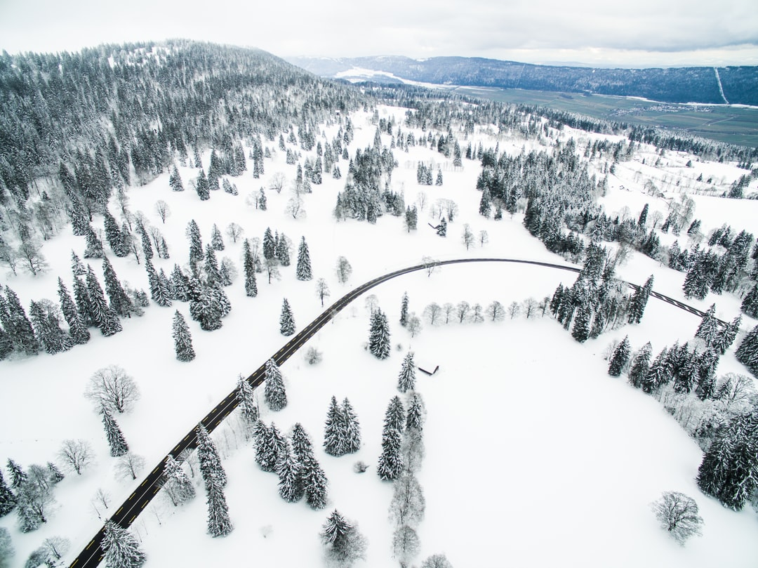 La vue des Alpes sous la Neige
