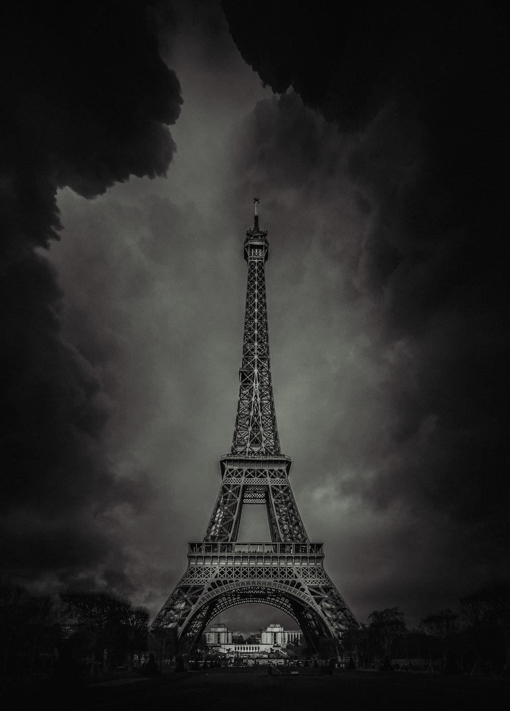 Eiffel Tower, Paris low light photography