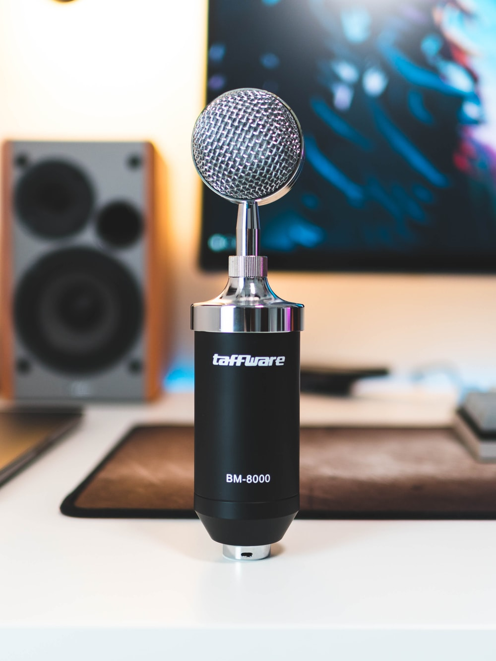 gray and black Taffware BM-8000 microphone on white surface