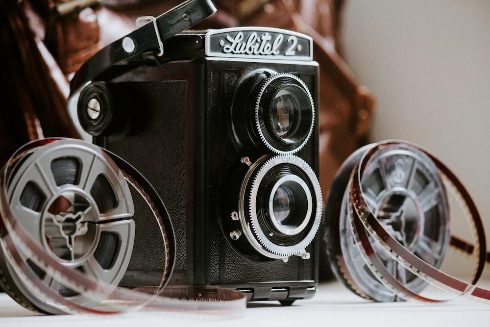 black and gray Lunital 2 camera