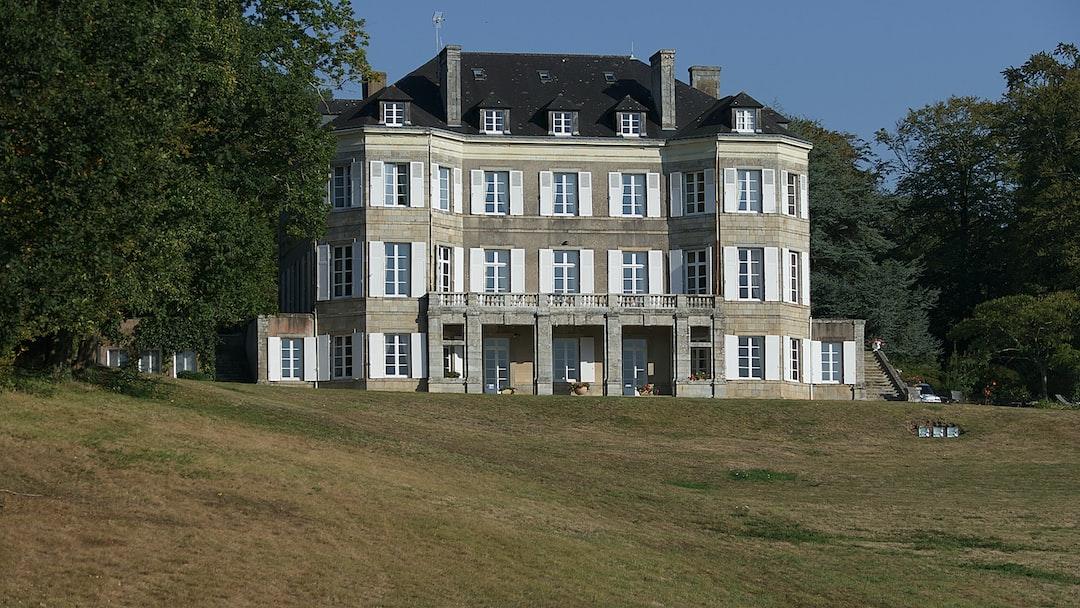 Superbe demeure abritant un Relais et Château magnifique.