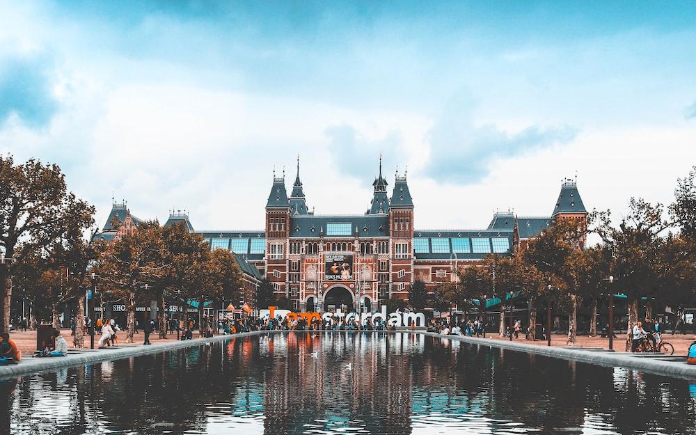 Rijksmuseum, Amsterdam under blue sky