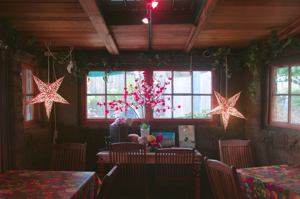 star lamps hanging on ceiling