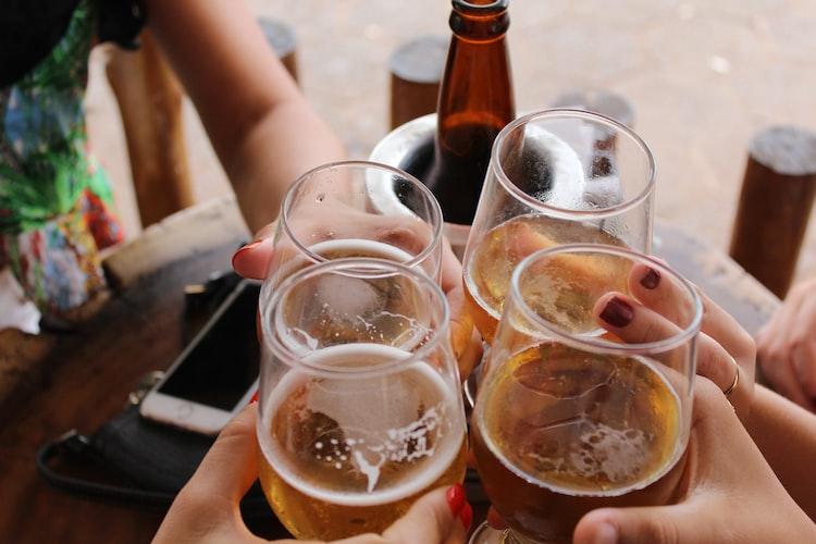 feestje - nummers - muzieklijst - drinken - zomer