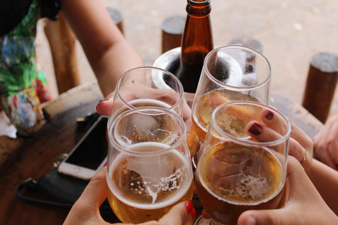 『【22卒向け】アサヒビールの採用情報を解説!ESのポイントも紹介します!』の画像