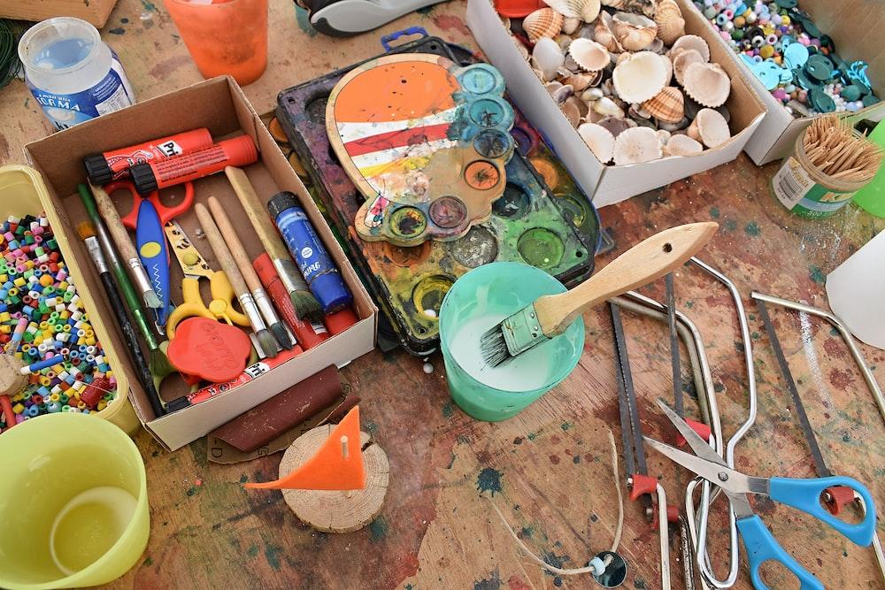 assorted art tools