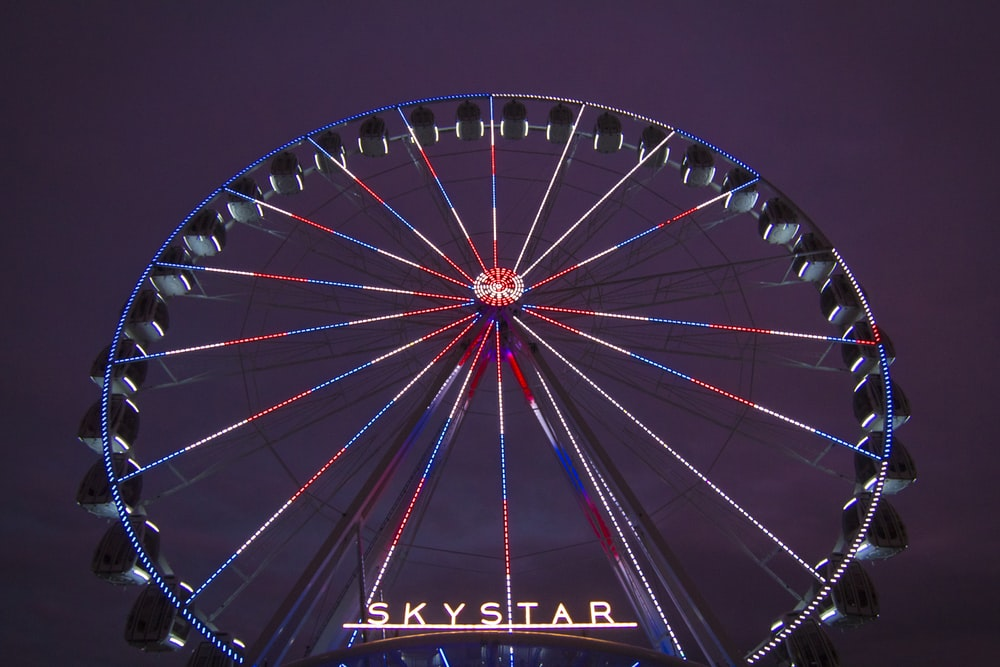 blue and red Skystar ferris wheel