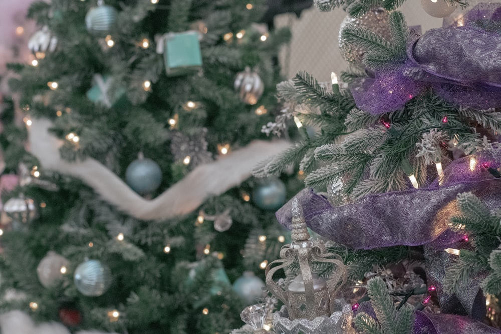 Gray Christmas Tree Decorations.Christmas Tree Decor Pictures Download Free Images On Unsplash