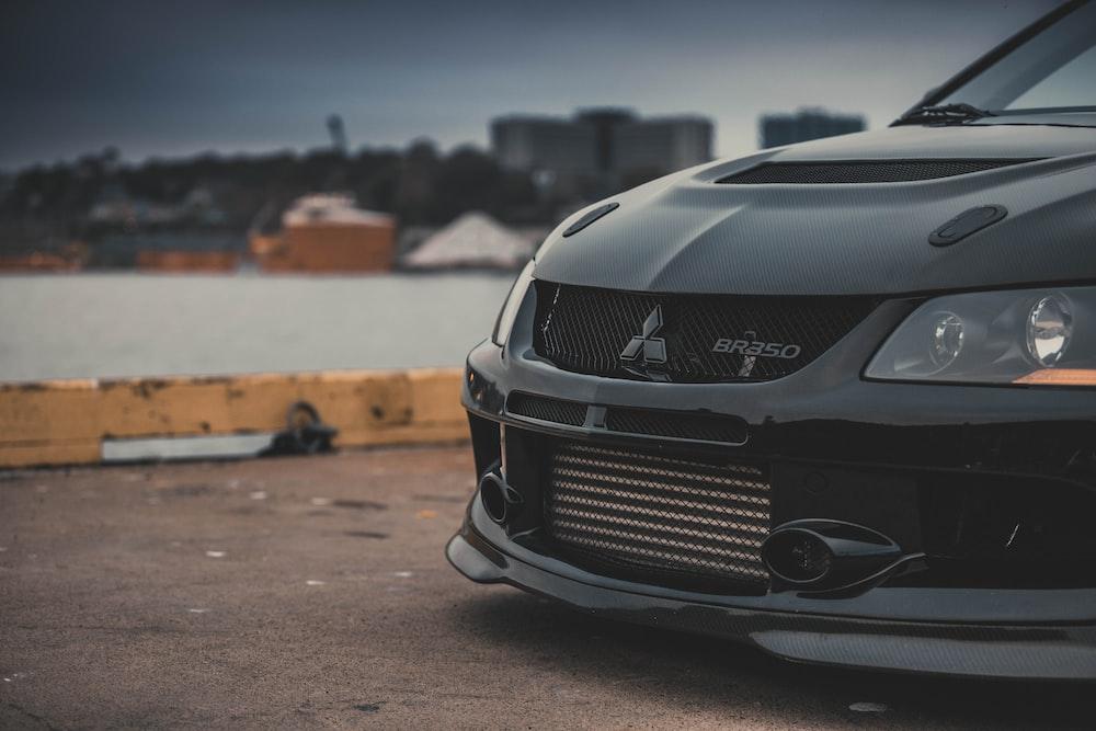 black Mitsubishi braso car