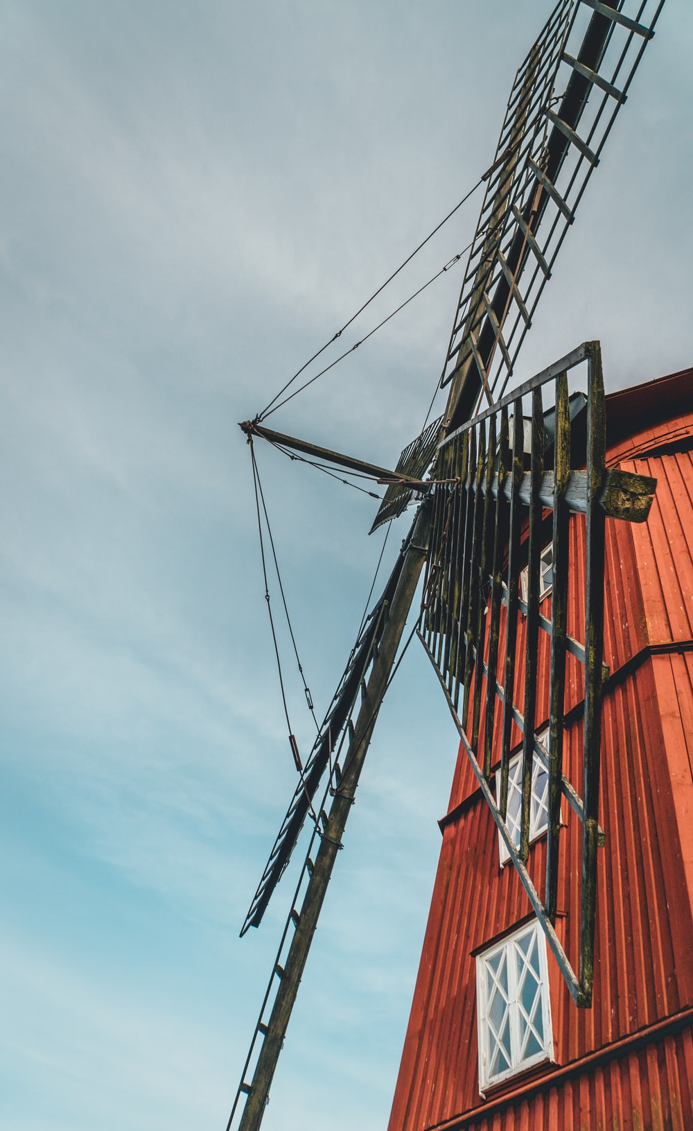 red and black windmill