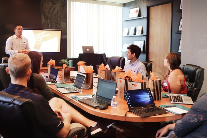 How to Promote Healthy Workplace Meetings