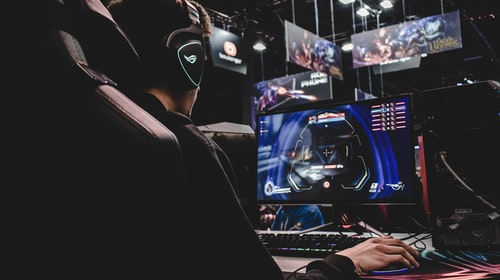As Cloud Gaming Competition Heats Up, PC Gamers Should Go Their Own Way