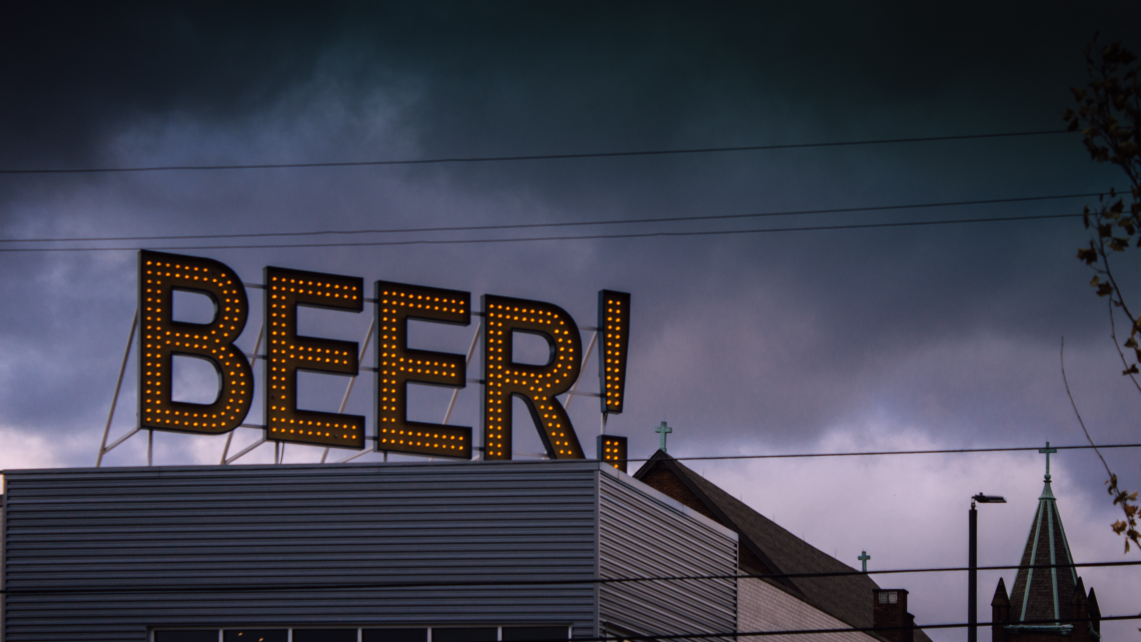 beer! black and yellow LED signage