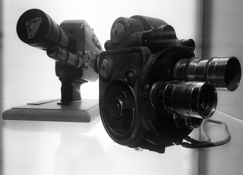 black view finder camera